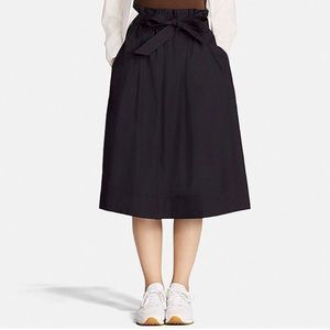 Uniqlo High Waisted Tie Skirt | Navy Blue